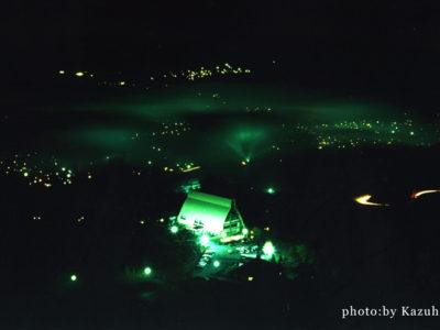 大分県湯布院の夜霧写真