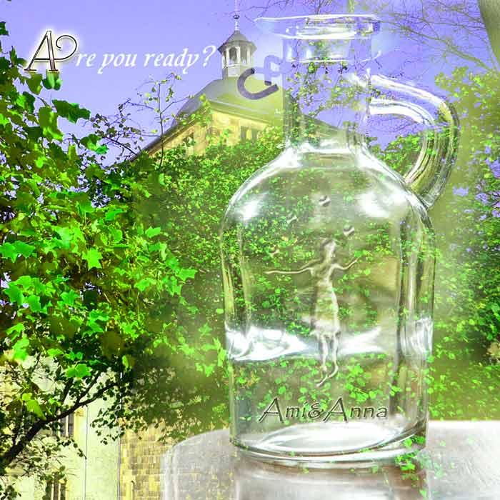 透明のガラス瓶に女の子が手毬をしている浮彫のグラフィック画像
