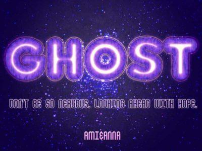 ghostと書いた紫色の光るテキストエフェクト