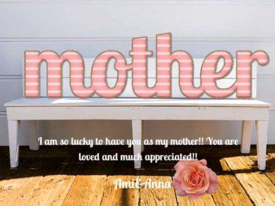motherと書いたピンクのクッション風のテキストエフェクト