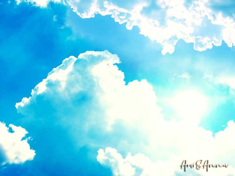 光り輝く雲